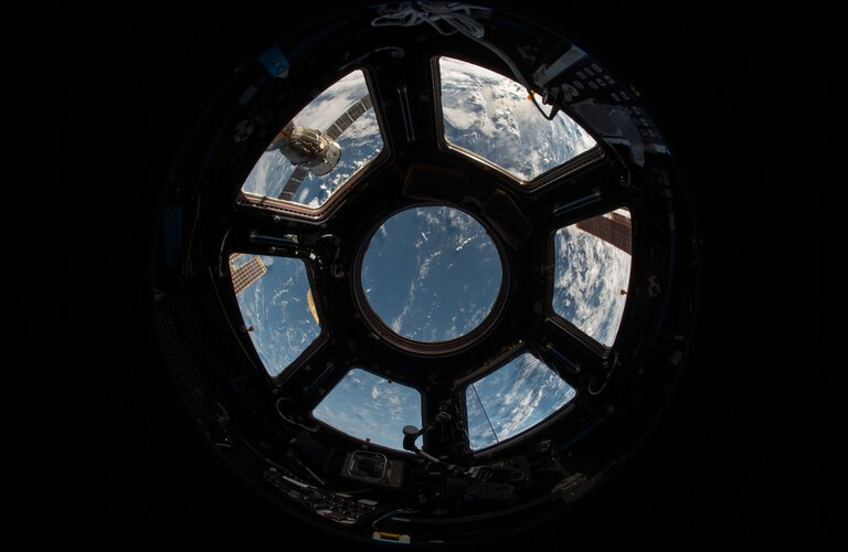 View from ISS down to pacific ocean | © Photo by NASA on Unsplash