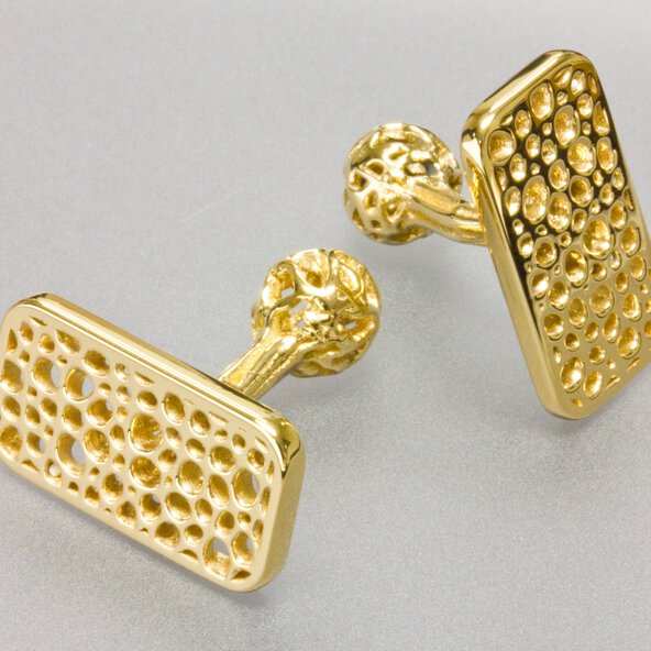 Cufflinks designed by Digital Forming, additivly manufactured in gold on an EOS Precious M 080 | © EOS