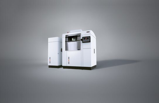 EOS M 290 with Comfort Powder Module pro for contact-free powder handling when filling and emptying the machine