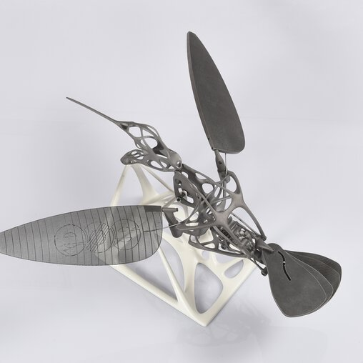 Complex and artful: 3D-printed hummingbird concept